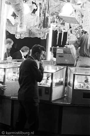 1963-2_33KERMISWEBA.jpg