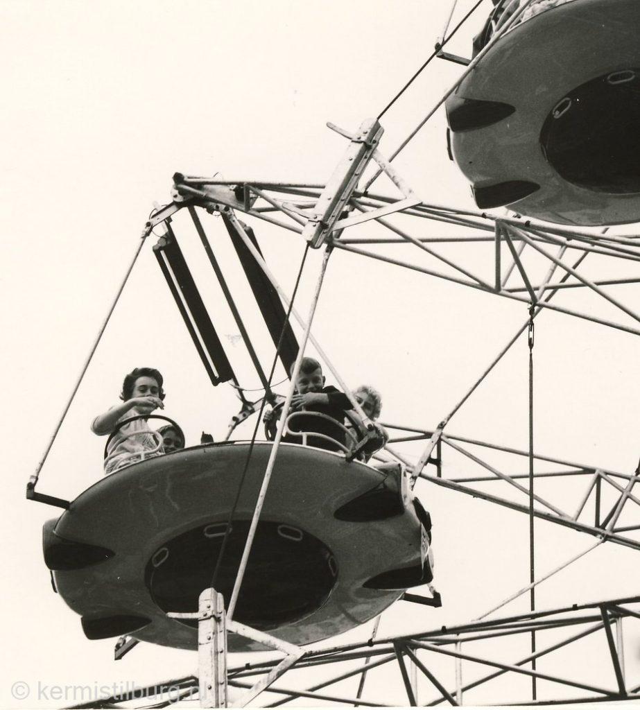 J. de Vries Tilburg 1962_.jpg