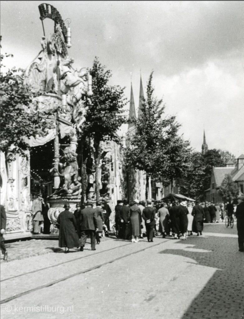 piusplein1935.jpg